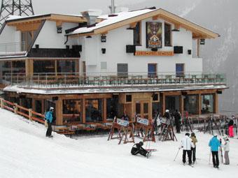 Taps ski in apartments