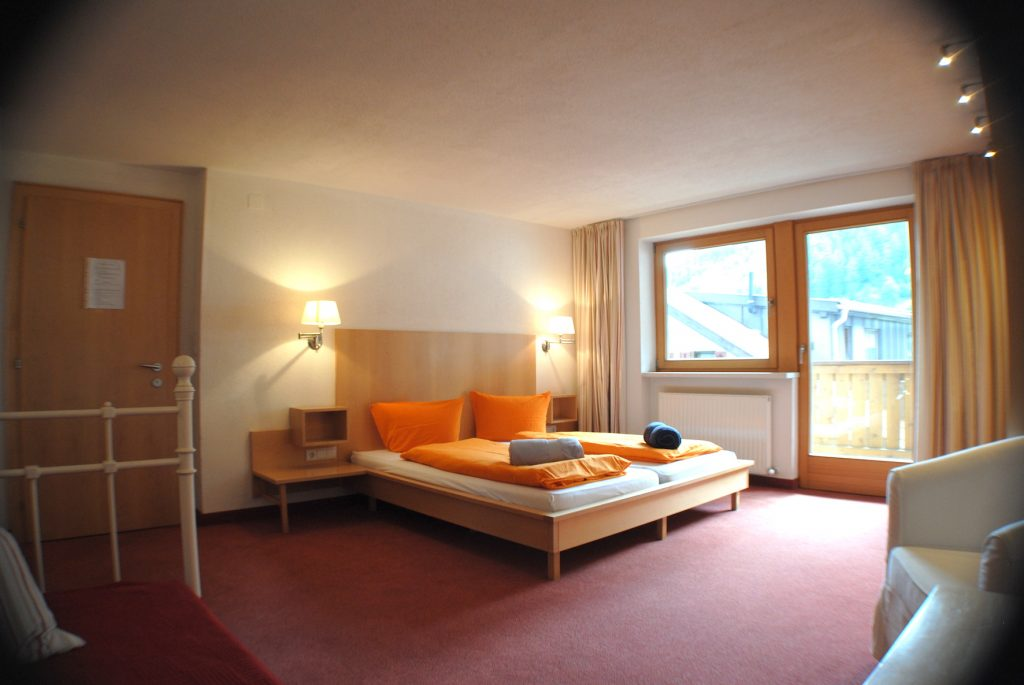 St.Anton village centre apartment bedroom