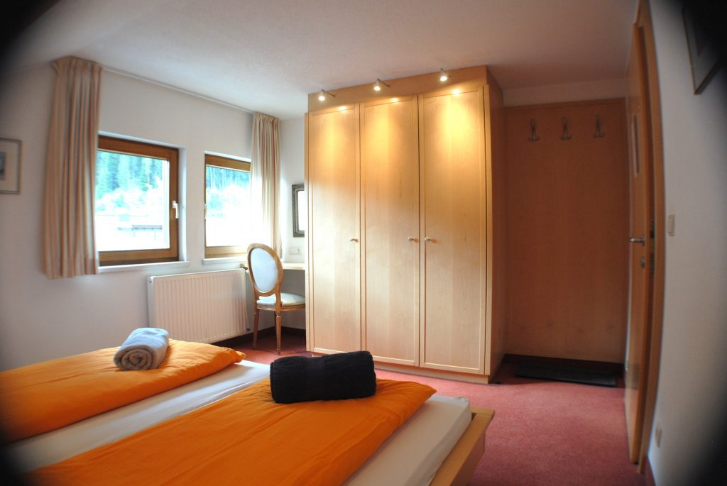 Chalet Scherl main bedroom