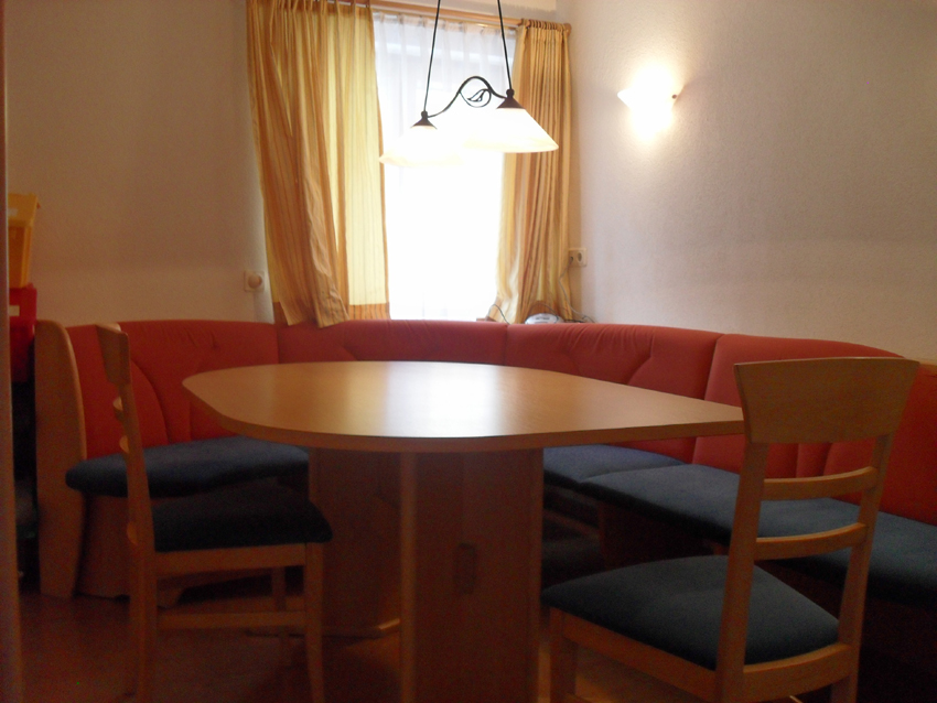 Table in 2 bedroom village centre apartment in St Anton