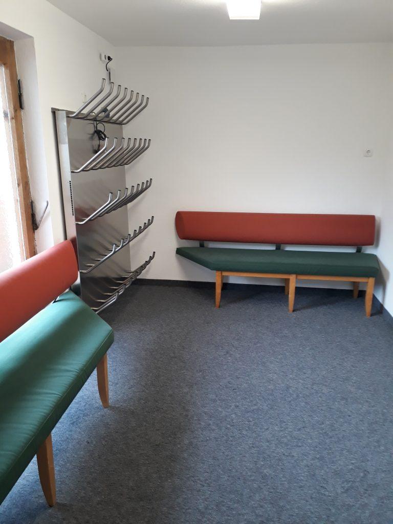 Chalet Scherl ski storage room