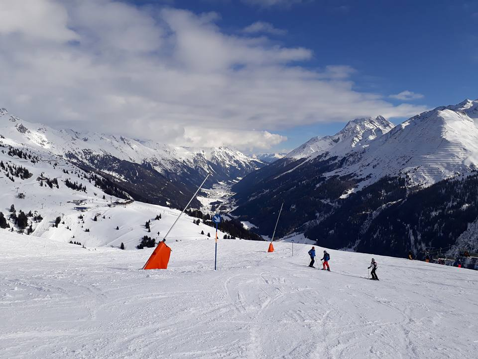 Top Of Kandahar for advanced skiing in St.Anton