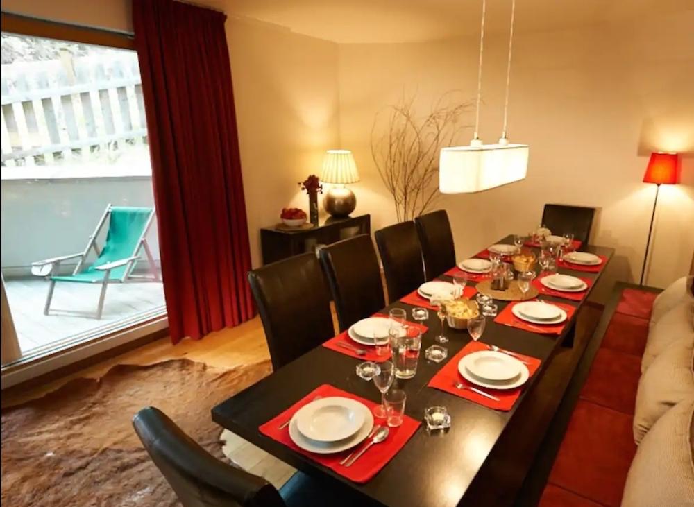 Dining Lodge 2